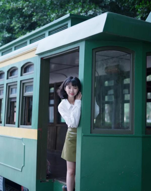 重庆的绿色火车