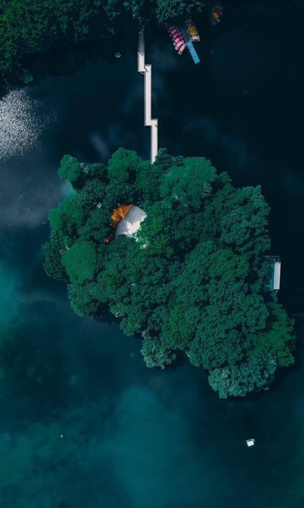 与世隔绝的小岛
